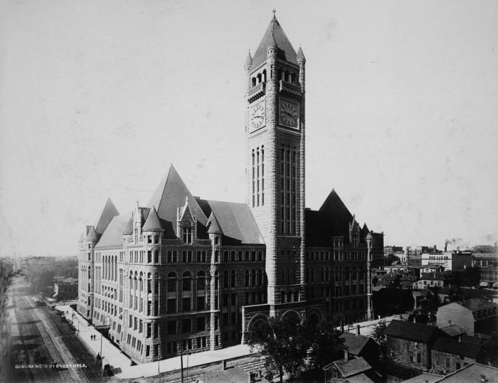 12. 1900 - Minneapolis.
