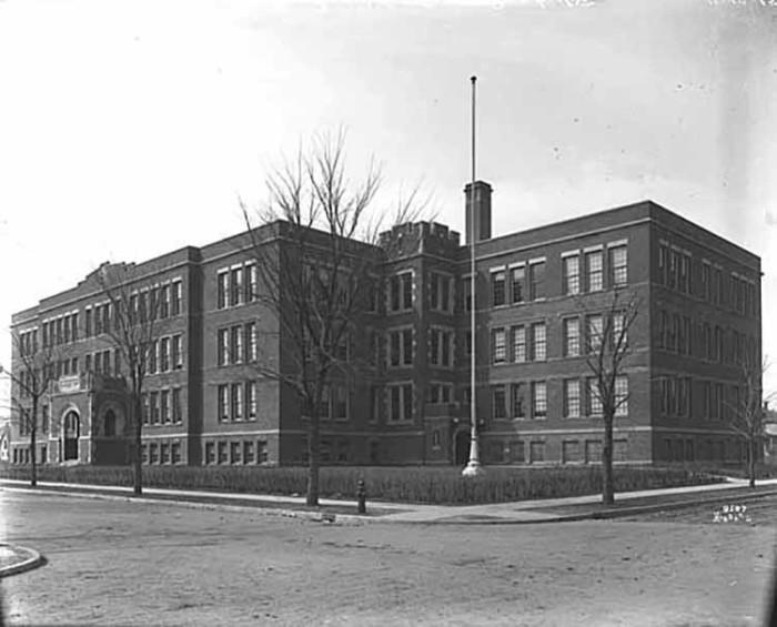 6. 1915 - Minneapolis.