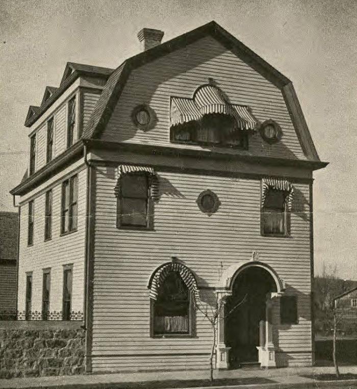 8. 1910 - Starbuck.