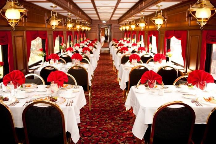 7. My Old Kentucky Dinner Train