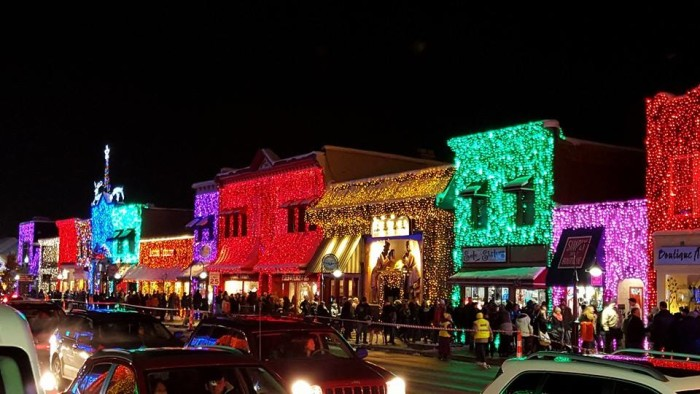 2. Rochester & Here Are The Top 9 Christmas Towns In Michigan azcodes.com