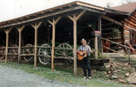 4. Hillbilly Hideaway, Walnut Cove