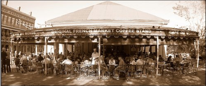2. Café Du Monde, New Orleans, LA