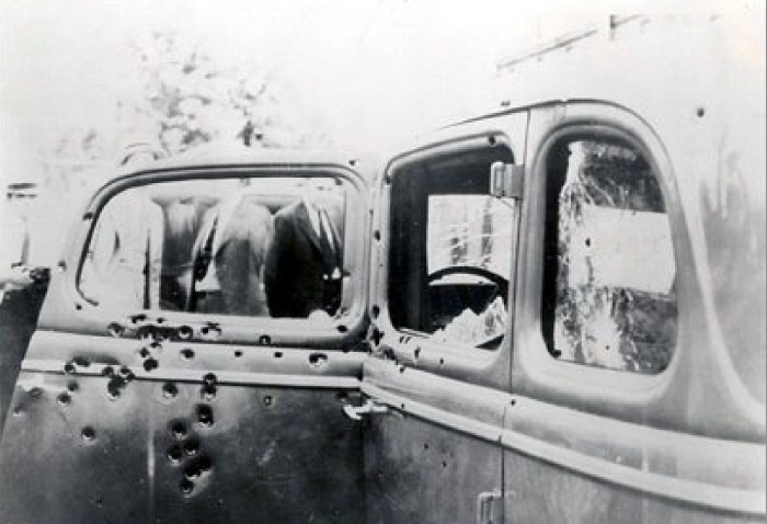 3. Gibsland, LA: May 23rd, 1934 -- Bonnie and Clyde Ambushed and Murdered