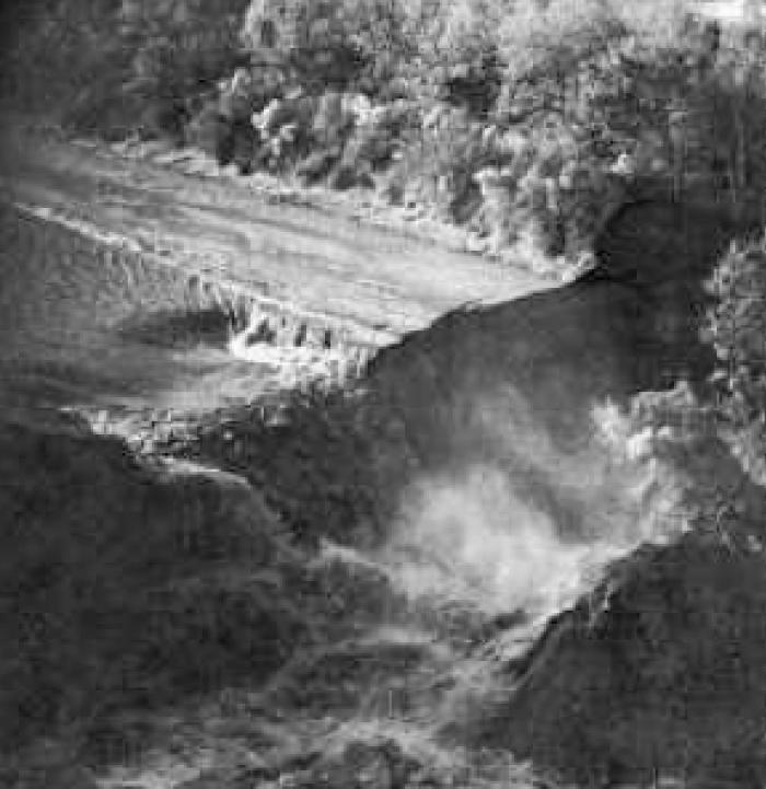 5. Delcambre, LA: November 20, 1980 -- Lake Peigneur Sinkhole