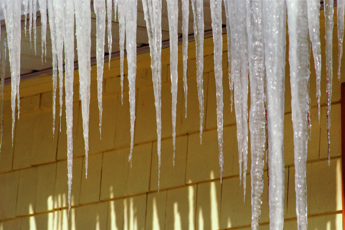 11.Icicles.