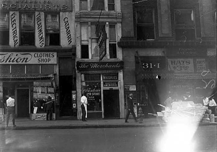 2. 1919 - Minneapolis.