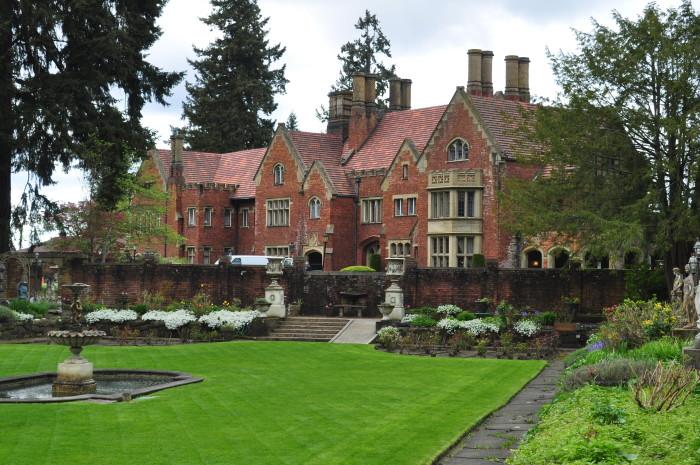 8. Thornewood Castle, Lakewood