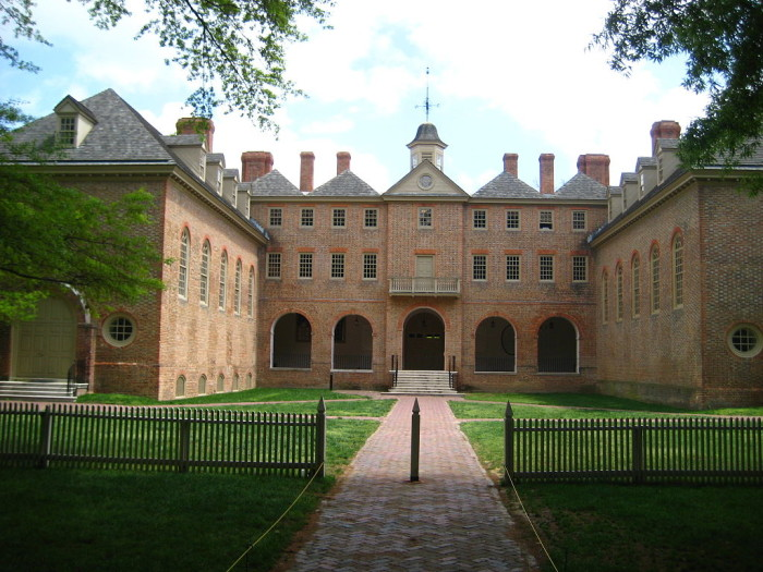 10. The Wren Building at W&M is the oldest college building in the U.S.