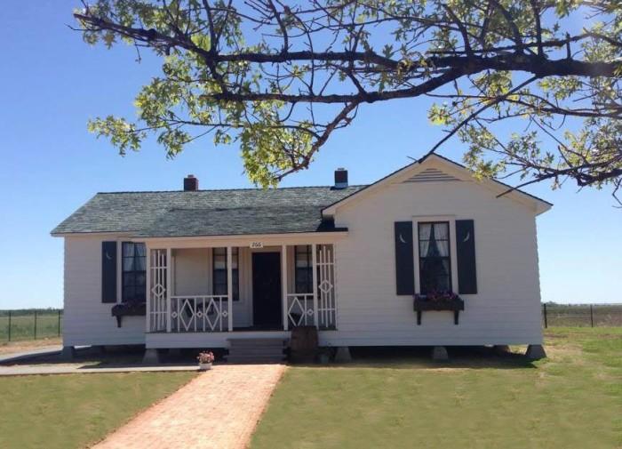 1. Boyhood Home of Johnny Cash