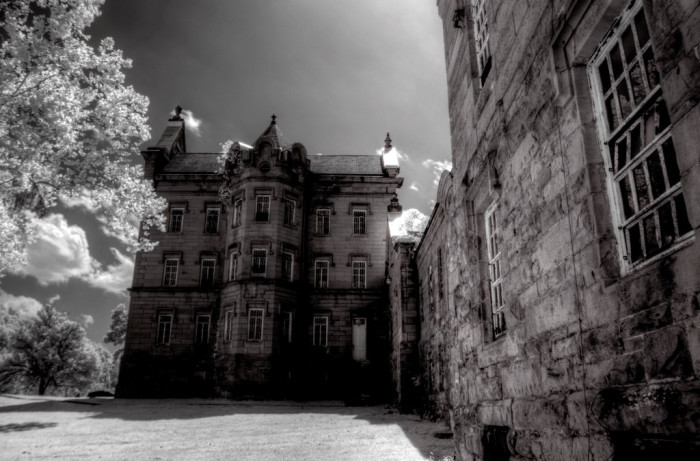 9. Ghost hunt at the Trans-Allegheny Lunatic Asylum or the West Virginia Penitentiary.