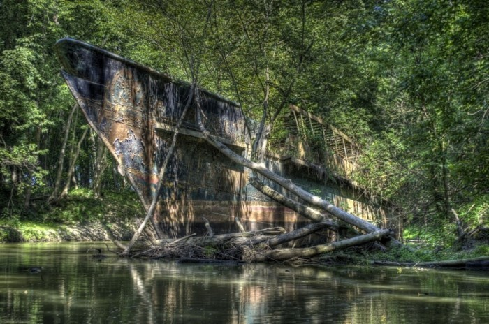 22. Search for Ohio's ghost ship.