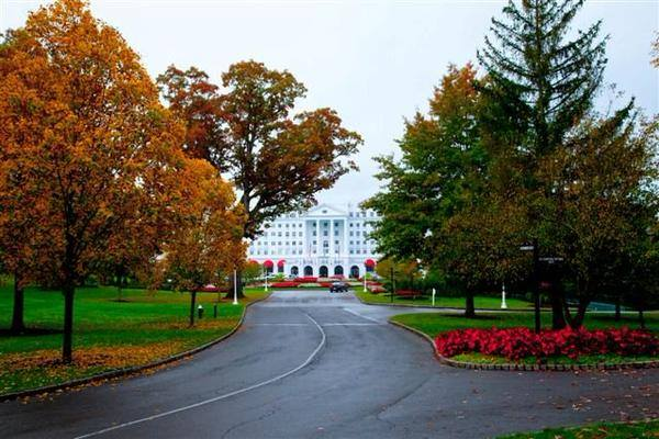 4. Spend a night at the Greenbrier resort.