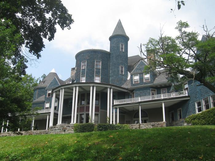 4. The Halliehurst mansion