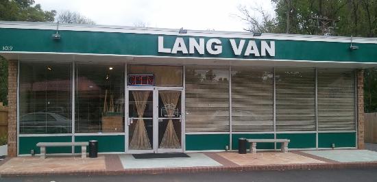 6. Lang Van, Charlotte