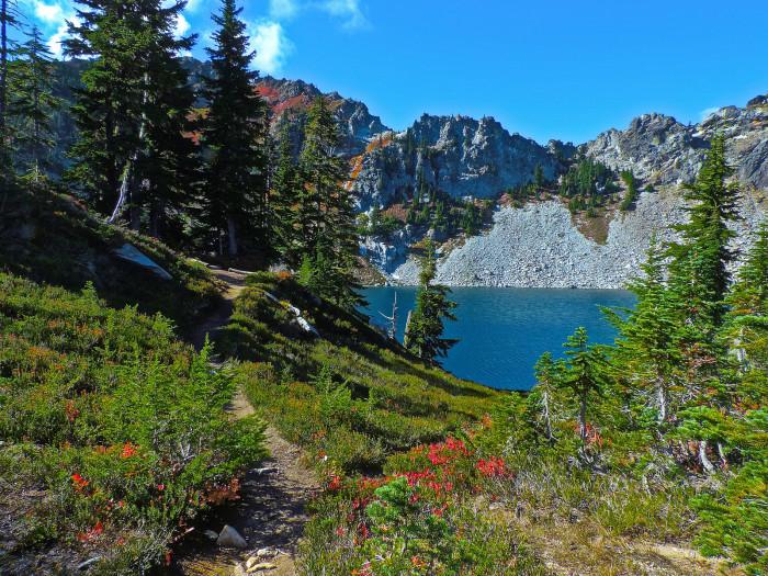 7. Minotaur Lake, Central Cascades