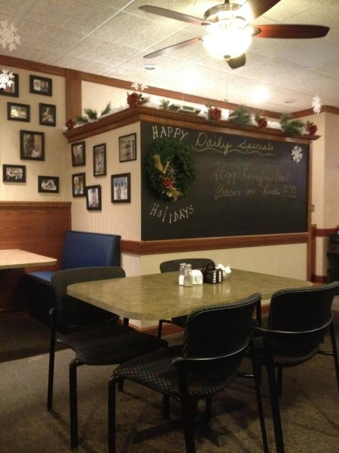 7. Whipple Cafe (Canton)