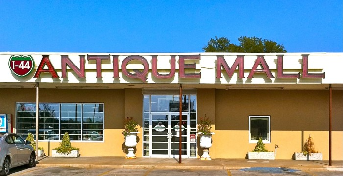 10. I-44 Antique Mall: Tulsa