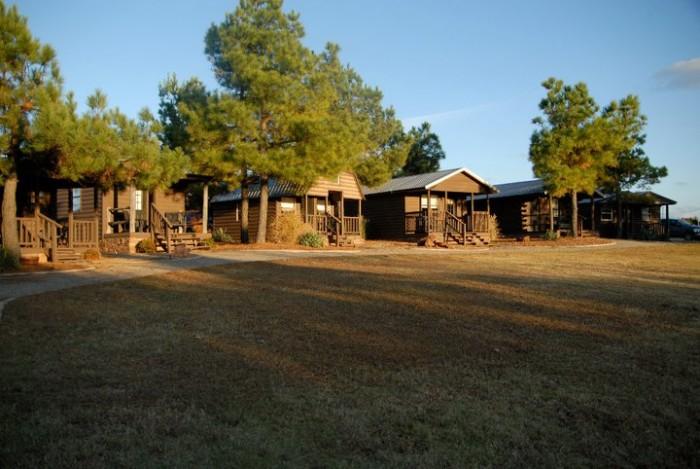 2. The Tatanka Ranch Cabins: Stroud