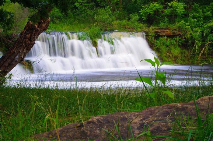 19. Many peaceful water features are hidden in Oklahoma. This one can be found in Sapulpa in northeastern Oklahoma.