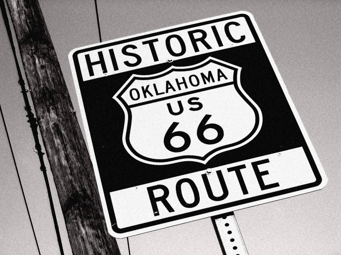 19. Drive along the longest stretch of Route 66 in the nation.