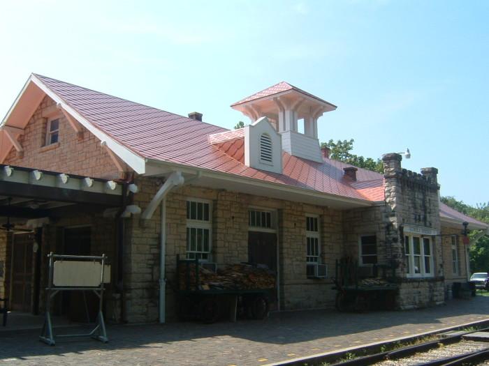 9. Visit the Eureka Springs & North Arkansas Railway