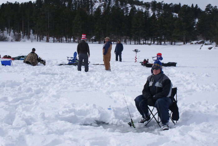 6.	Do people go ice fishing?