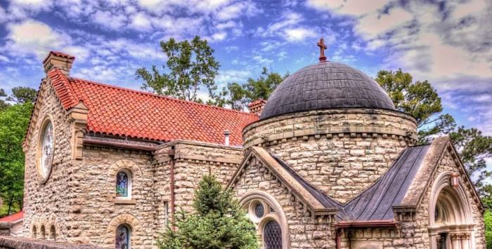 8. See St. Elizabeth's Chapel