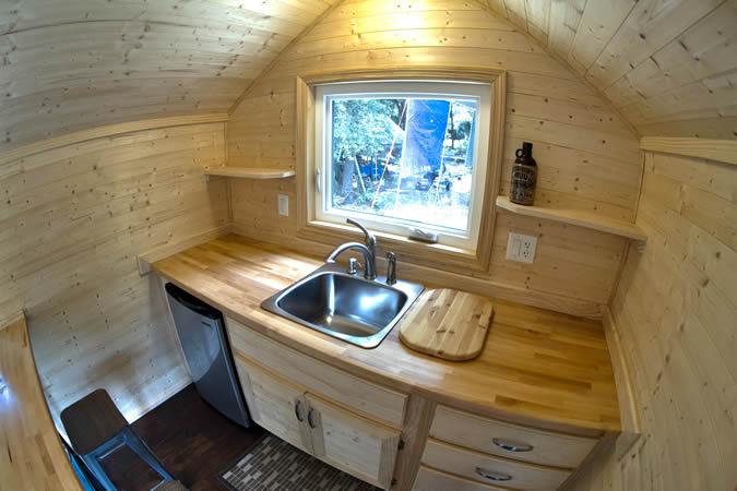 tiny-studio-tiny-house-interior-4