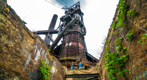 This Abandoned Aging Relic of The Pennsylvania Steel Industry Is Still Stunning