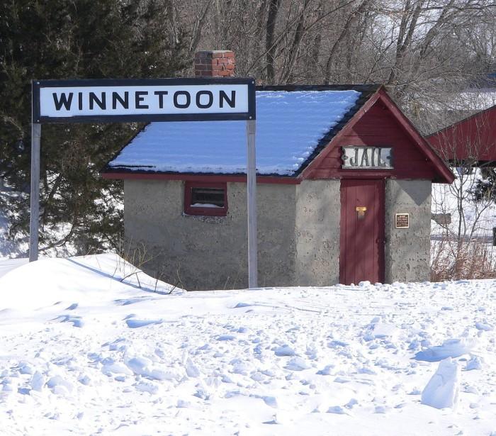 19. Winnetoon