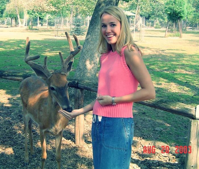 6. Wisconsin Deer Park