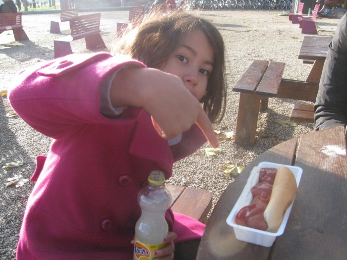 6. People Eat Hot Dogs Incorrectly
