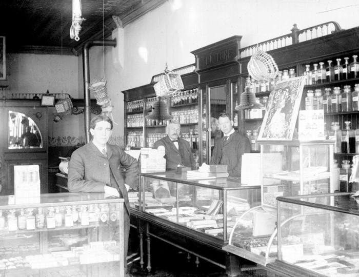 12. Fewer offerings than CVS at this early 1900s drugstore.