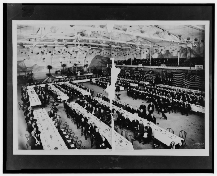 8. This big gala was the YMCA banquet in Milwaukee back in 1907.