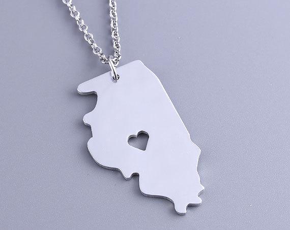 10. Illinois necklace