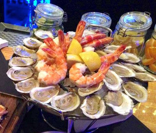 These 10 Restaurants In Illinois Have The Best Seafood EVER