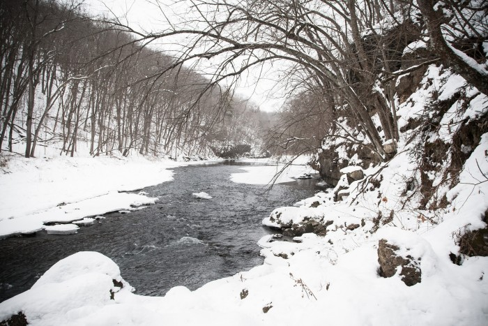 7. Snow can make an ordinary river look extraordinary.