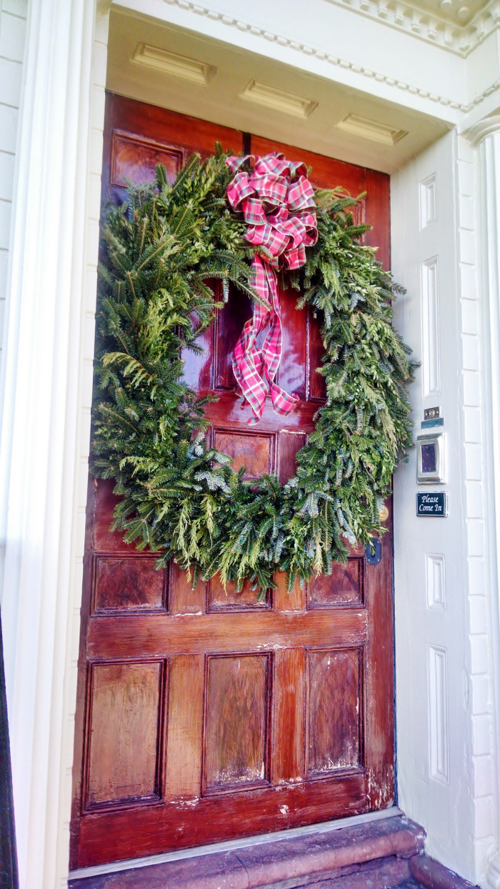 13 South Carolina Houses All Dressed Up For Christmas