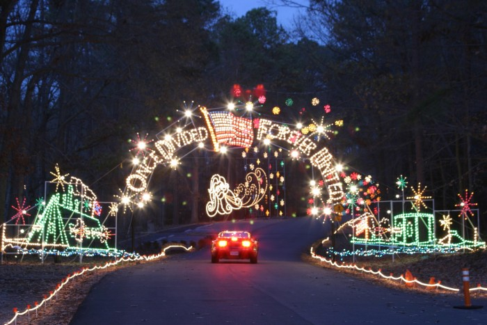 11 Places In Virginia To Visit This Holiday Season