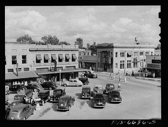 11.Kennett, 1942