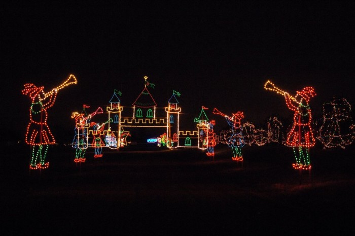6. Shady Brook Farm in Yardley puts on this unbelievable light display.