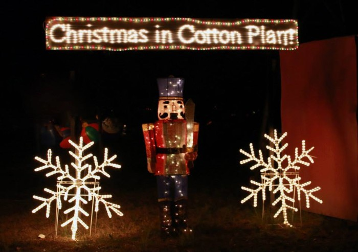 9. Christmas in Cotton Plant