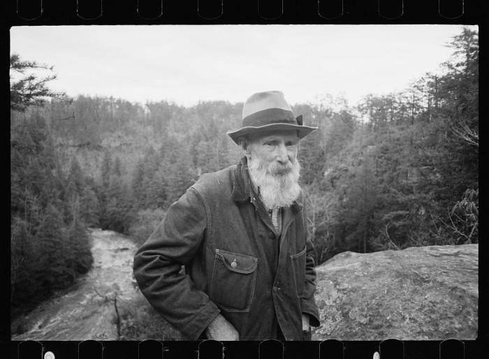 12) Fall Creek Falls inhabitant, near Pikeville