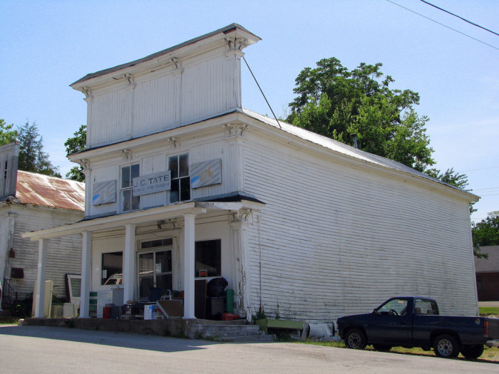 12) This insanely neat general store