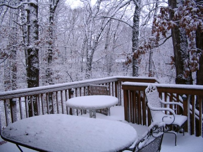 12.Mo' snow in CoMo, Columbia