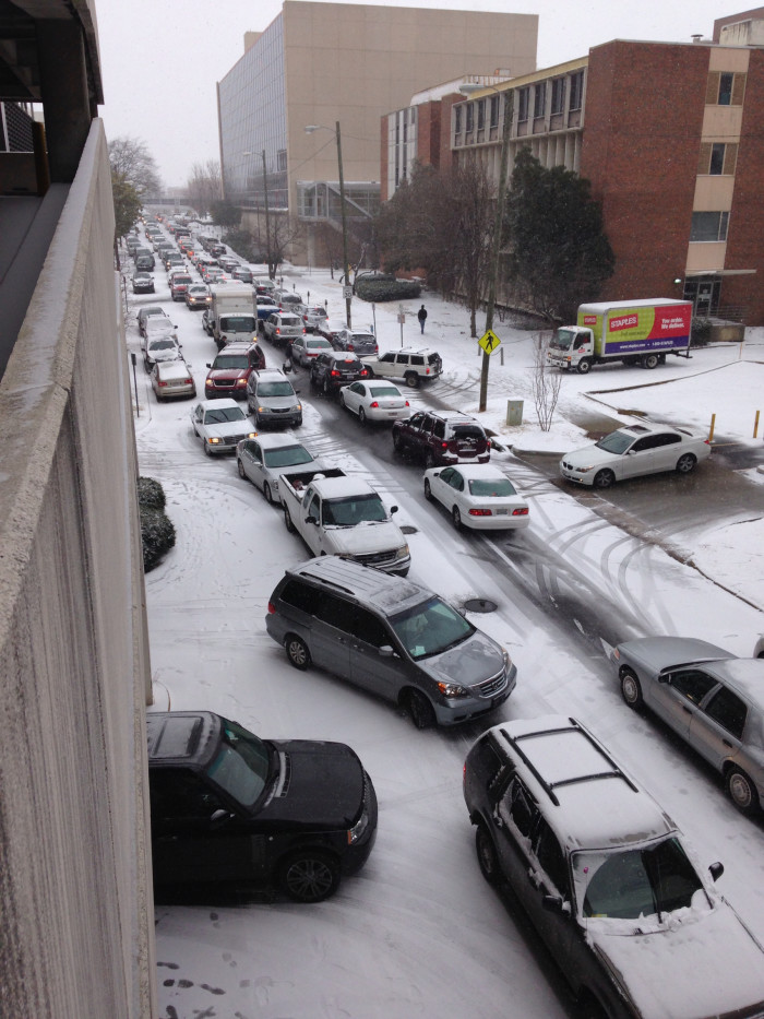 3. During an Alabama winter, it's not uncommon to receive snow - whether it be a light dusting or blizzard.