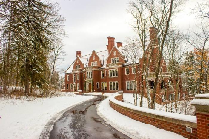 13. Tour the Historic Glensheen Mansion!