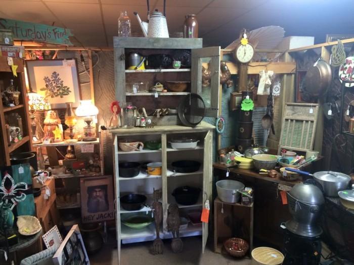 Broad Street Antiques And Flea Market, Columbia