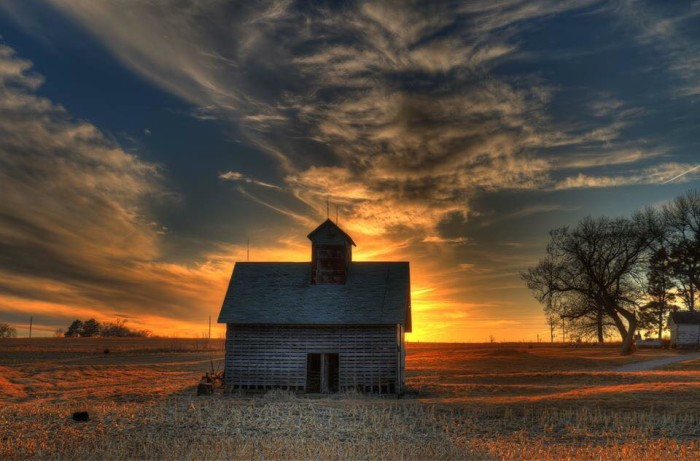 14. Casey Mitchell snapped a photo of this old barn with the beautiful Nebraska sunset as the backdrop.